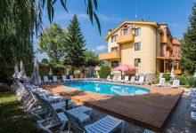 Photo of Семеен хотел Ив